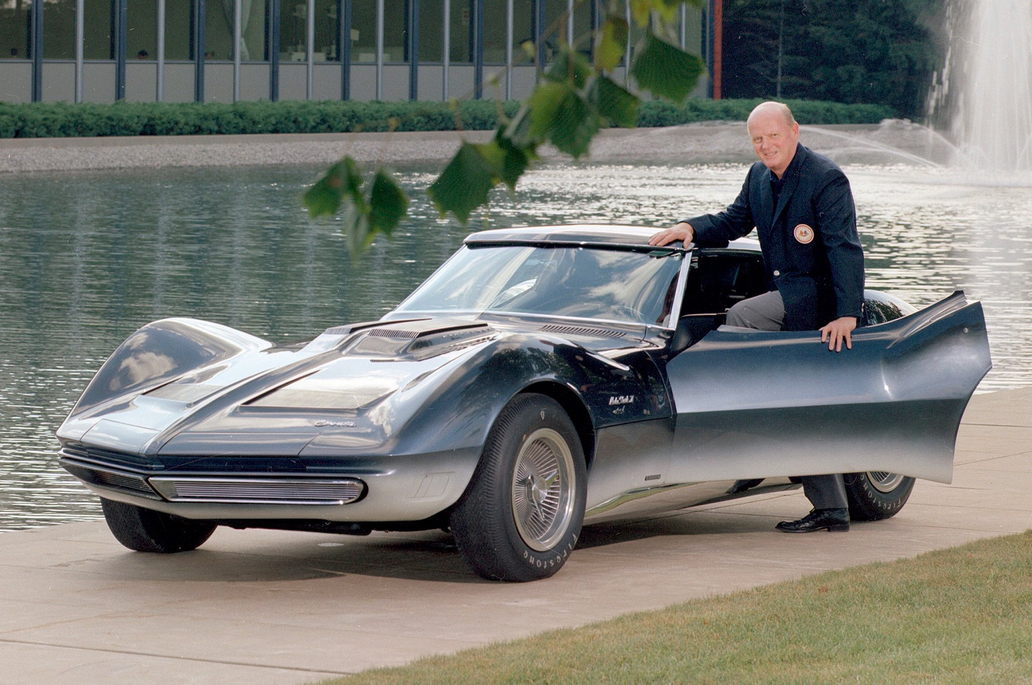 Maestro Bill Mitchell and the Iconic Cars of GM Styling Dean s Garage